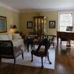 1122 Stratford Place - Living Room